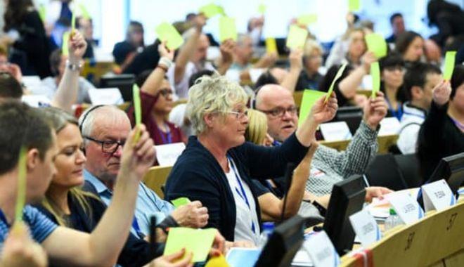 Cetățenii europeni sunt invitați să își exprime părerea privind legislația comunitară - cetateniieuropenisuntinvitatisae-1589378076.jpg