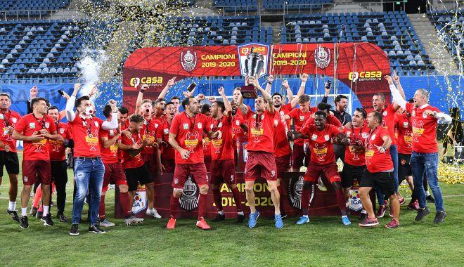 Foto: CFR Cluj, campioană pentru a treia oară la rând. Lacrimi și frustrare în tabăra Craiovei