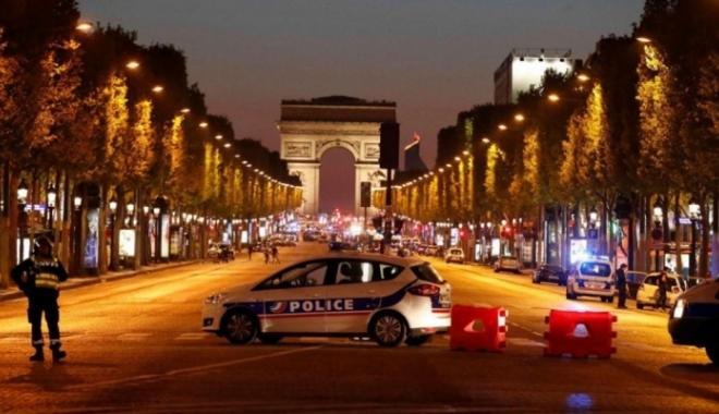 ALERTĂ la Paris, după un atac armat pe Champs Elysees. Un polițist și atacatorul au murit - champs19150100-1492722436.jpg