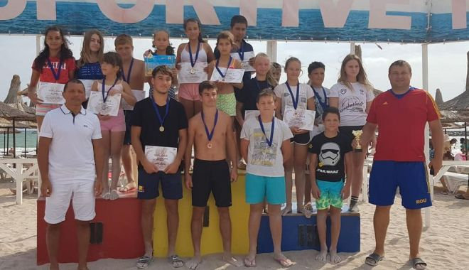Foto: Cinci medalii de aur pentru CS Mangalia, la Cupa Callatis la lupte pe plajă