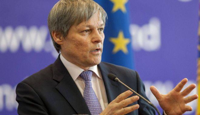Dacian Cioloș: Orice proiect de societate ar exista este sortit eșecului - ciolos-1523799977.jpg