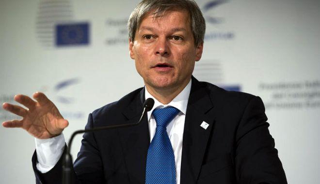 Dacian Cioloș: Adunarea Diasporei pe 10 august nu trebuie folosită politic - ciolos3-1533660079.jpg
