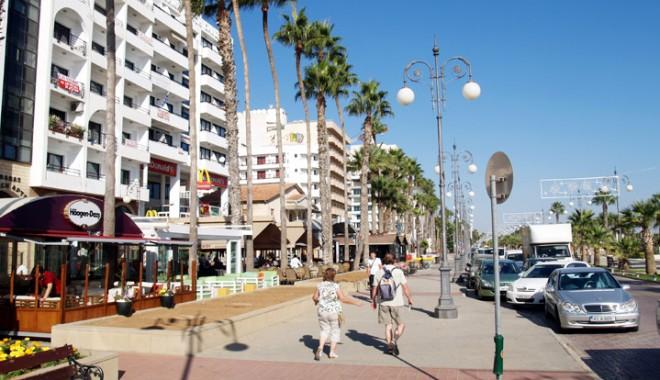 Foto: Standard & Poor's coboară cu o treaptă  nota Ciprului