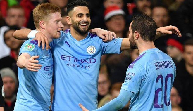 """Foto: """"Diavolii"""", învinși de """"cetățeni"""". Manchester City, show total pe """"Old Traford"""""""