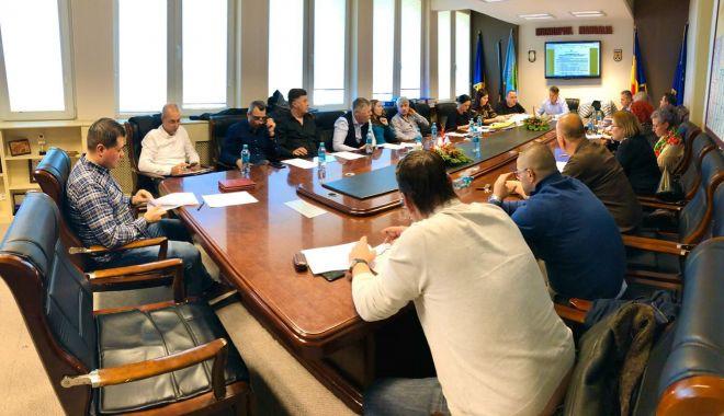 Consiliul Local Mangalia a aprobat taxele și impozitele locale pentru anul 2020 - clmangalia-1576767602.jpg