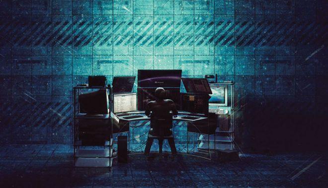 Kaspersky: Infractorii cibernetici au folosit peste 50.000 de manuale și eseuri școlare pentru a ascunde malware - cm67hacker-1567599425.jpg