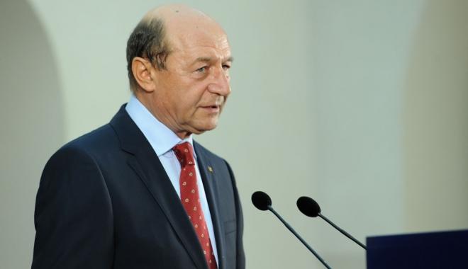 Foto: Traian Băsescu vrea grațierea pedepselor sub 10 ani și reducerea celor pentru femei