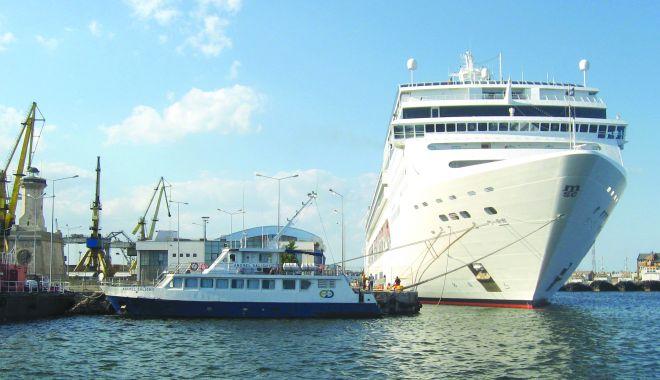 Foto: Visul portului Constanța de a reintra pe harta turismului de croazieră, în acest an - spulberat!