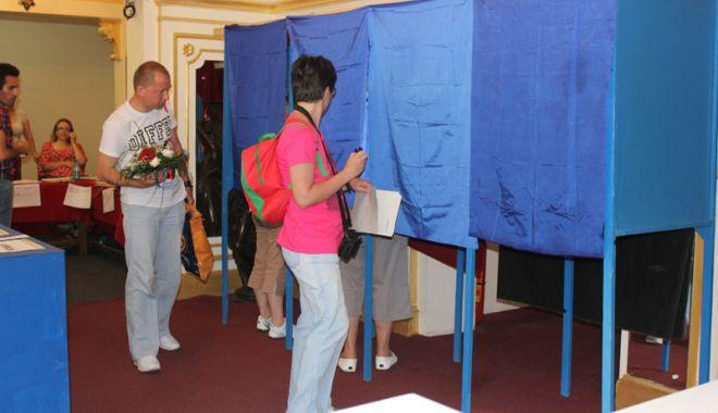 Foto: Coaliția pentru Familie acuză modul în care a fost organizat referendumul și boicotul partidelor