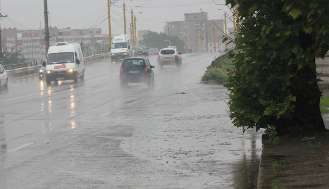 COD GALBEN de furtuni și ploi, la Constanța - cod-1624202238.jpg