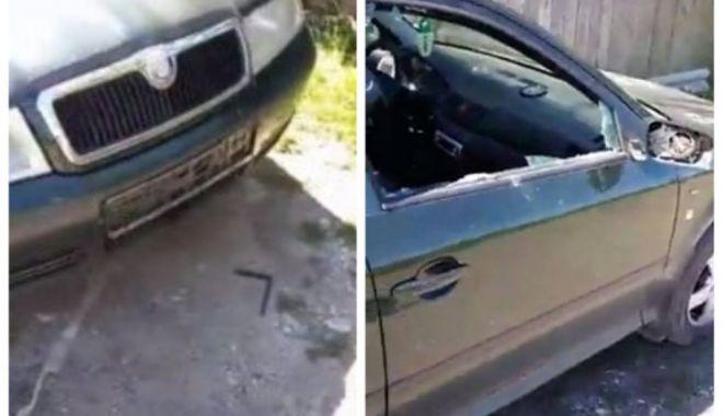 Foto: Mașina unui consilier local PNL a fost vandalizată
