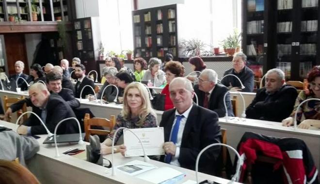 """Foto: Colegiul Național  """"Mihai Eminescu"""" a aderat  la Alianța Colegiilor Centenare"""