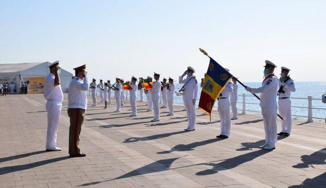 Foto: Comemorarea eroilor marinari, pe faleza din Constanța