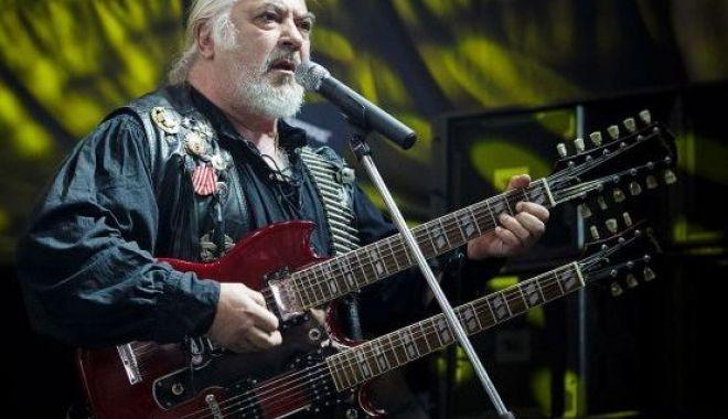 Foto: Concert caritabil Phoenix, la Constanța
