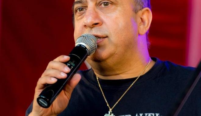 Concert caritabil Emeric Imre, în Club Doors - concertcaritabilemeric-1485529192.jpg