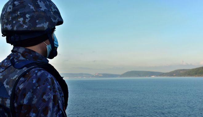 """Concursul literar """"Fascinația mării"""" și-a desemnat câștigătorii - concursmarinari-1604250178.jpg"""