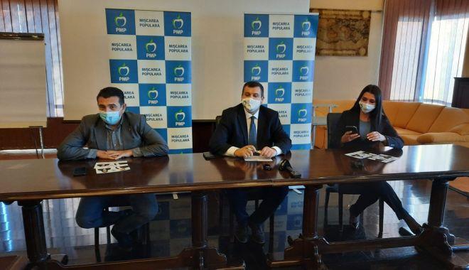 """Eugen Tomac, liderul PMP: """"Îmi pun mare speranţă în tandemul Băsescu-Palaz, la Constanţa"""" - conferintapmpbasescutomac1-1606404848.jpg"""