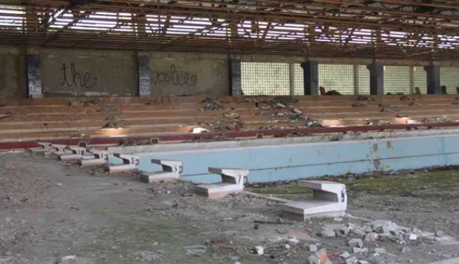 Consiliul Local Medgidia, în ședință extraordinară. Bazinul olimpic va fi reabilitat și modernizat - consiliullocalmedgidia-1594832610.jpg