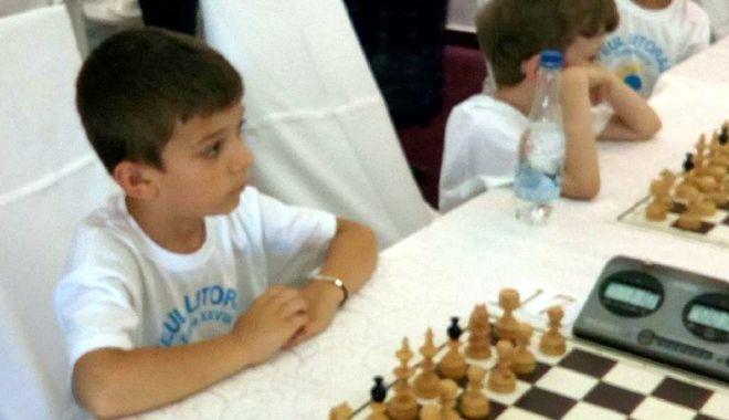 Constănțenii, în formă la Trofeul Litoralului la șah - constantenii3-1529686014.jpg