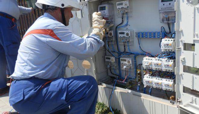 Consumatorii de energie care rămân fără furnizor în luna mai vor fi preluaţi automat - consumatoriideenergie-1620409067.jpg
