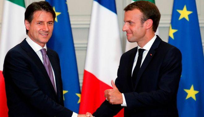 Foto: Conte și Macron, de acord pentru o repartizare europeană a migranților