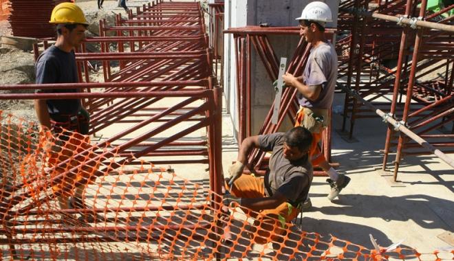 Cu ochii pe firmele  de construcții.  Amenzi peste amenzi - controaleconstructii3-1495119817.jpg