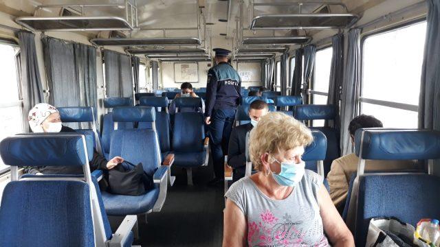 Mii de călători din trenuri, în vizorul Poliției! Au curs amenzile! - control-1605864115.jpg