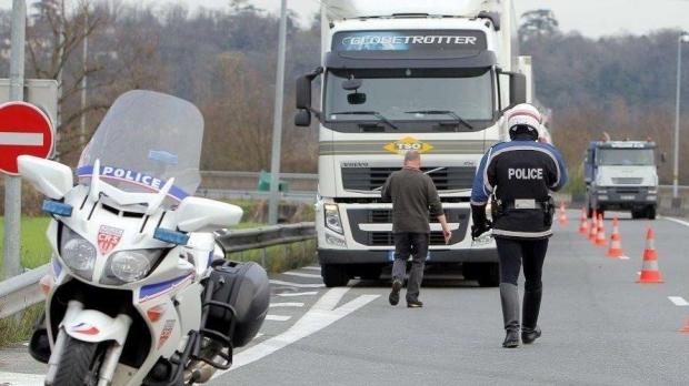 Foto: AMENDĂ-RECORD pentru un șofer român de TIR!