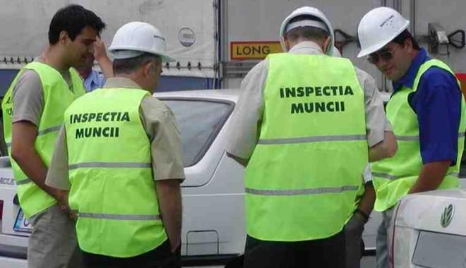 Foto: Firmele care își detașează angajații în străinătate, luat la puricat