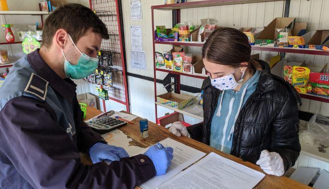 Foto: Amenzi pentru comercianții din Pecineaga și Dulcești