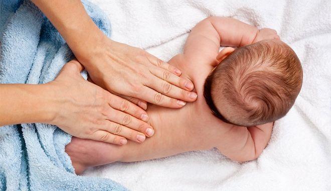 Foto: Covid-19 / Un copil de o lună a fost depistat pozitiv, deși mama nu este infectată