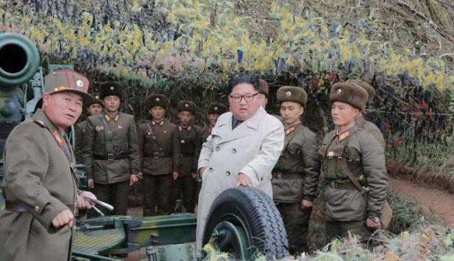 Foto: Coreea de Nord a efectuat un exercițiu de artilerie lângă frontiera cu Sudul