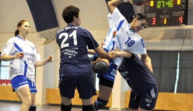 Handbal, LN feminină / CSU Neptun victorie (24-23) la Bacău - csmbacaucsuneptun-1329645091.jpg