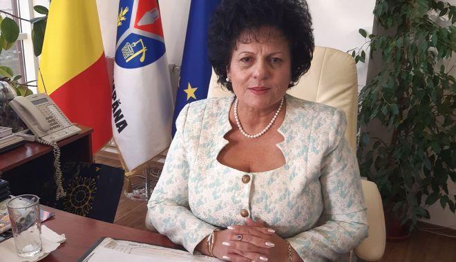 """Primarul Mariana Gâju: """"Moş Crăciun vine la copiii din Cumpăna"""" - cumpanamarianagaju-1607875703.jpg"""