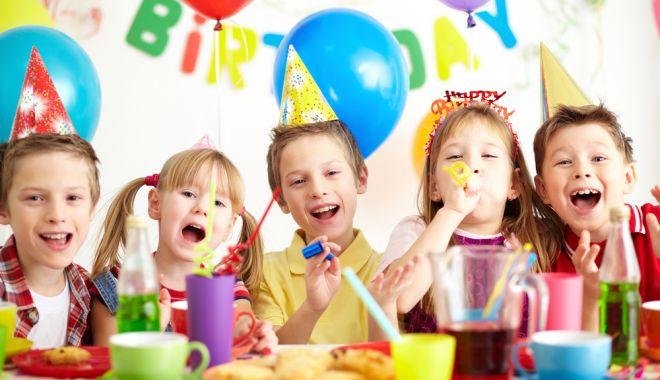 Cum puteți aduce fericirea pe chipul unui copil din centrul de plasament - cumputetiaducefericirea2-1561305074.jpg