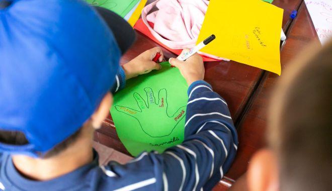 Cum puteţi deveni voluntar pentru copiii din centrele de plasament din Constanța - cumputetideveni-1631536069.jpg