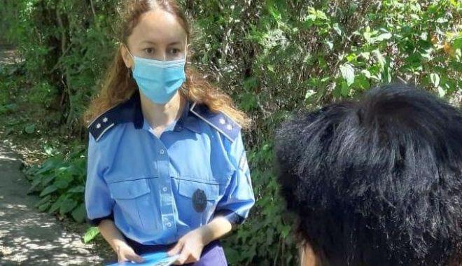 Foto: Cum să nu fiți victimă a hoților din buzunare! Sfaturi de la polițiști