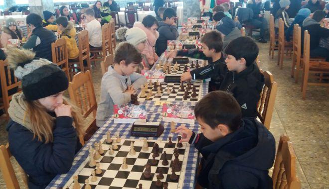 Foto: Cupa 1 Decembrie la șah și-a desemnat campionii