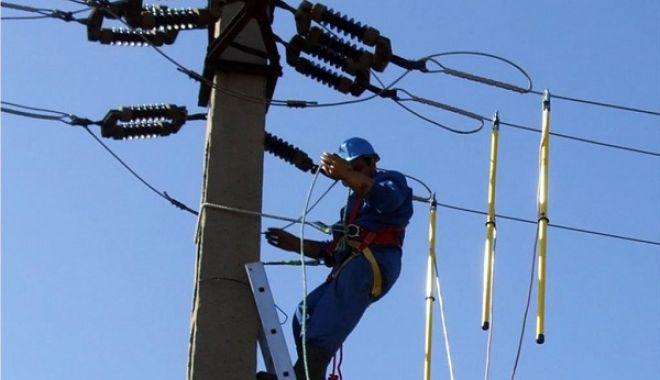 Mai multe zone din Constanța, fără curent electric - curent-1594314695.jpg