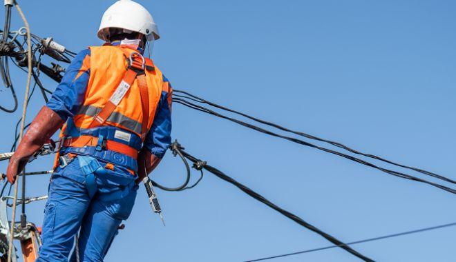 Mai multe zone din Constanţa, fără curent electric - curent-1603637562.jpg