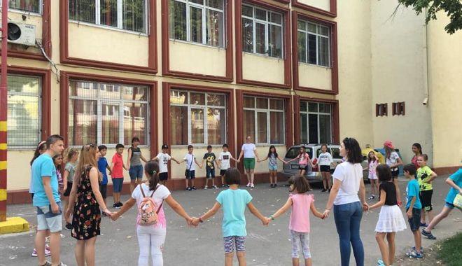 Cursuri de vară la Școala Gimnazială nr. 29 - cursuridevara-1566592289.jpg