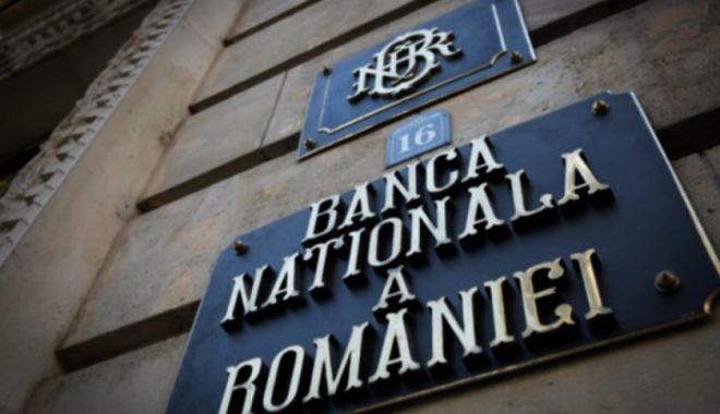 Foto: BNR: Viteza și traiectoria redresării economiei sunt incerte