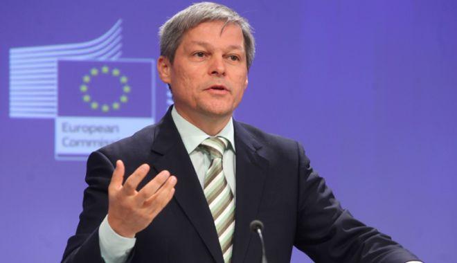 Foto: Cioloș, avertisment  pentru funcționarii publici:  Nu avizați acte care nu sunt legale