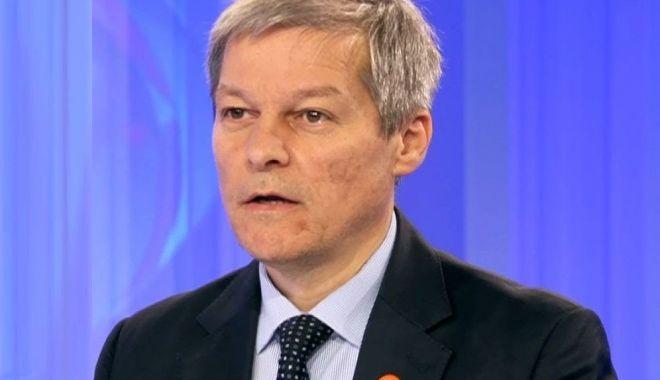 """Foto: Dacian Cioloș: """"România riscă să piardă portofoliul Transporturi"""""""