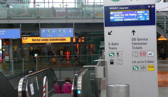 Cum ne mai facem de râs în lume… CIRC ÎN PIELEA GOALĂ pe aeroportul din München - ddd-1578845263.jpg