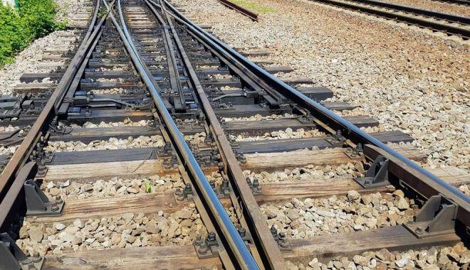 Foto: A avut zile! Tânăr rănit într-un accident feroviar