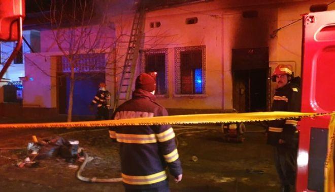 Foto: ÎNGROZITOR: patru frați minori, CARBONIZAȚI într-un incendiu. Părinții nu erau acasă…