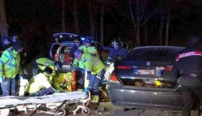 Foto: Și-a bătut iubita, s-a înjunghiat, și-a dat foc… și a scăpat cu viață