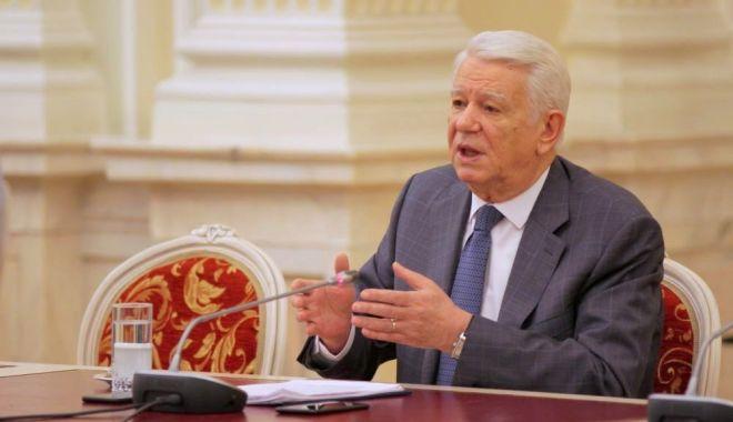 Foto: Judecătorii CCR confirmă: Meleșcanu, ales ilegal în fruntea Senatului