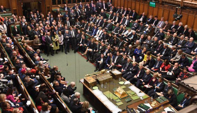 Foto: Parlamentul britanic a adoptat definitiv acordul privind Brexitul